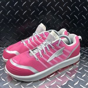 •Altra Intuition 2